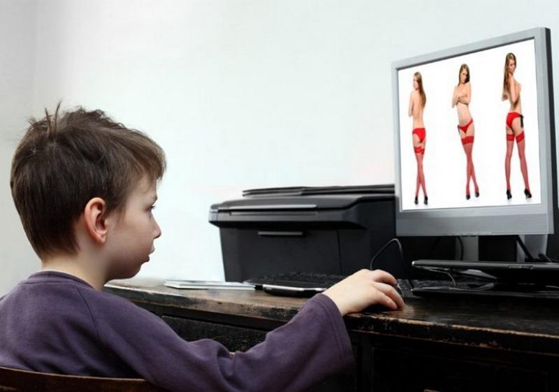 В брянских школах начнут изучать порно