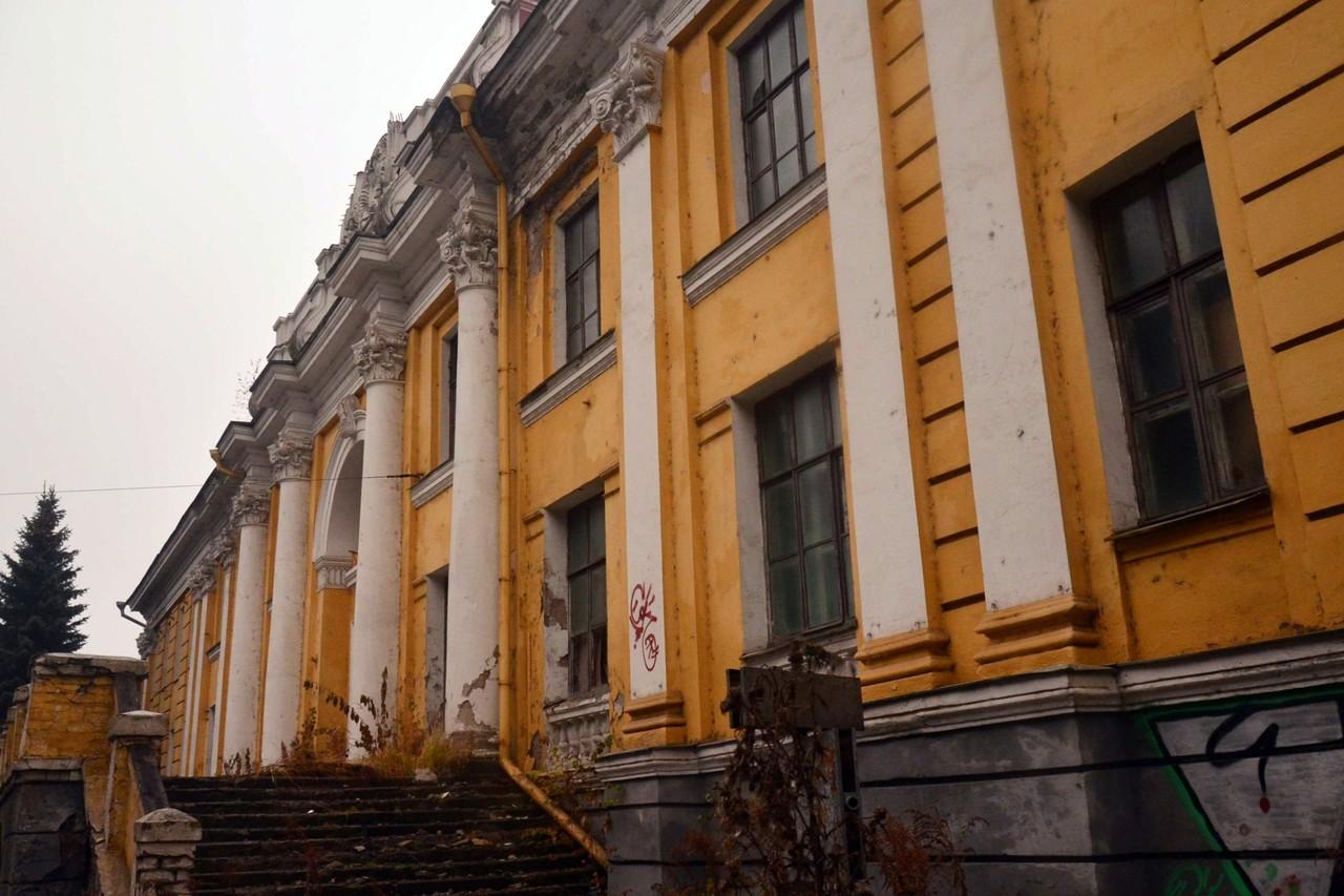 Восемь брянских объектов культурного наследия включили в перечень первоочередной реставрации