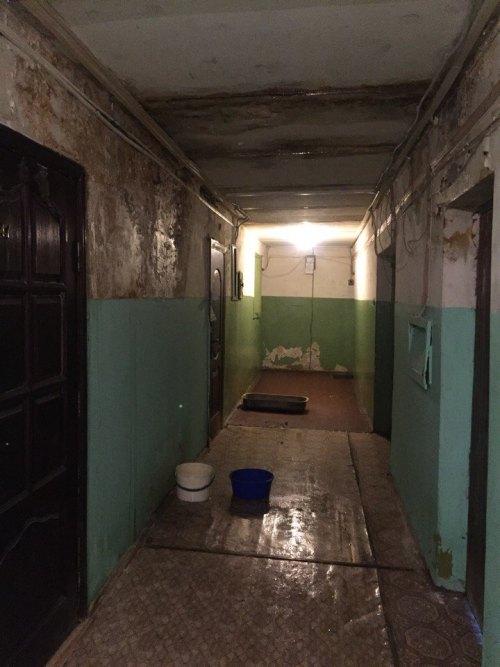 В Бежицком районе Брянска жильцы дома бьют тревогу и просят о помощи