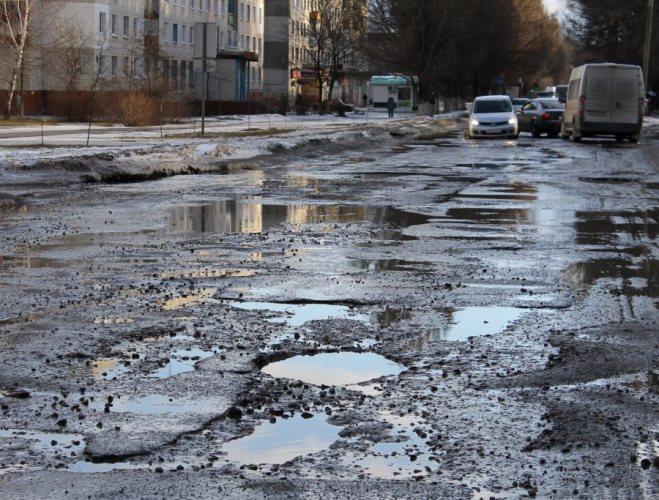 Прокуратура считает брянские дороги небезопасными для жизни людей