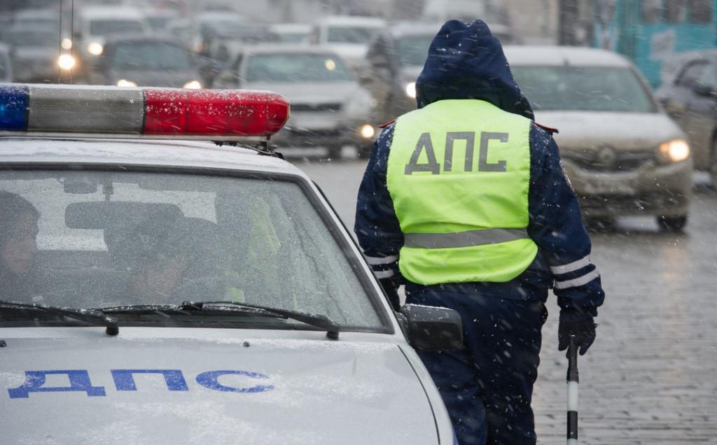 Брянского сотрудника ДПС уволили из-за порочащего проступка