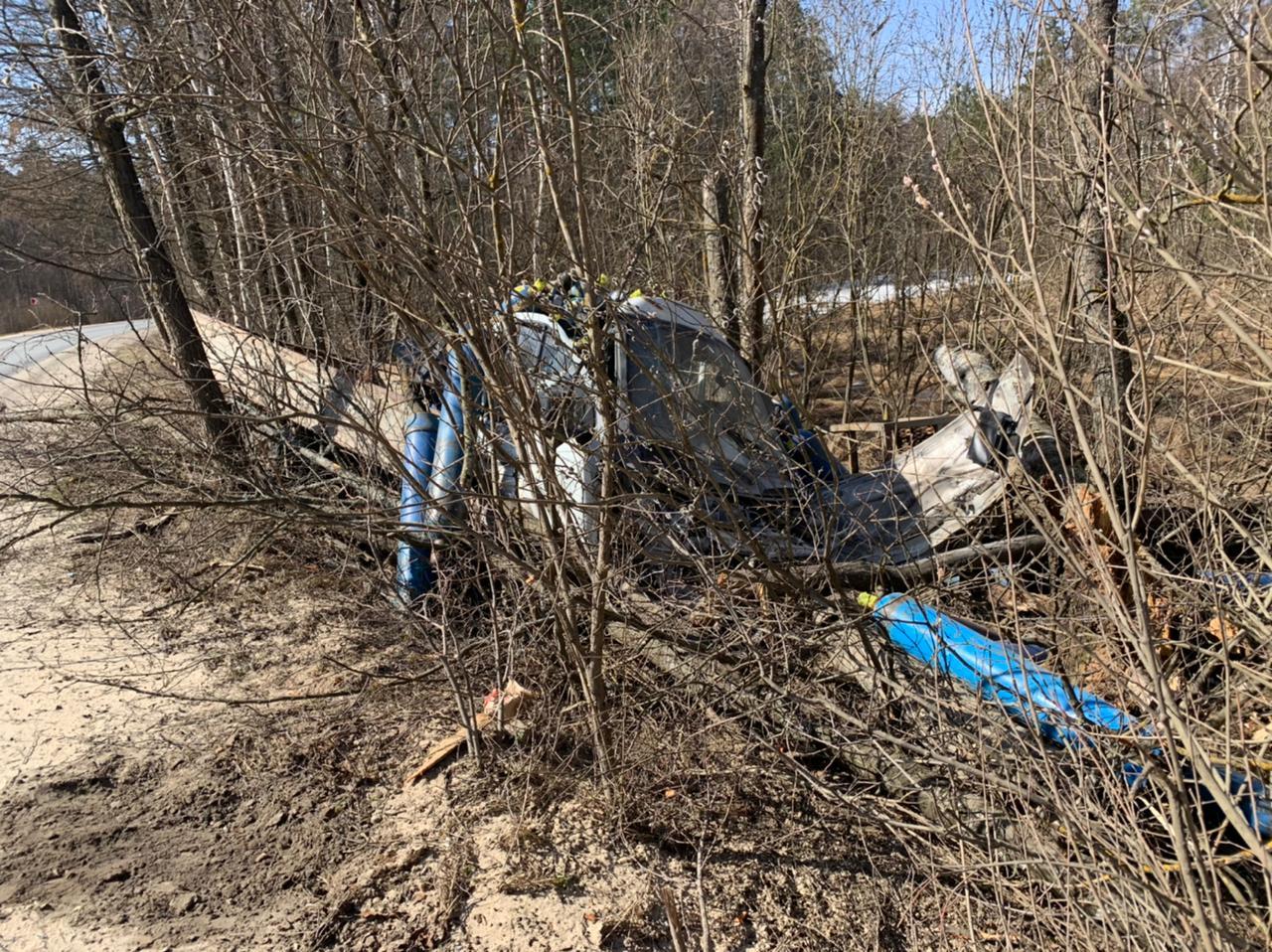 В Брянской области на трассе Людиново-Дятьково машина вылетела в кювет