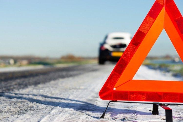 В Брянске столкнулись два автомобиля, 22-летнюю девушку госпитализировали