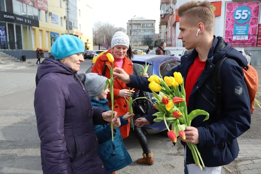 8 марта в Брянске впервые пройдет массовое мужское шествие