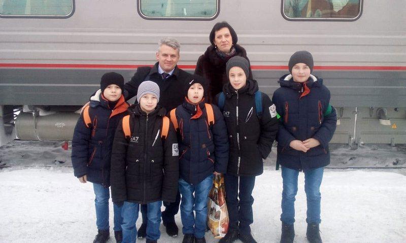 Брянские ребята посетили новогоднюю елку Министерства просвещения РФ