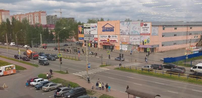 В Брянске эвакуировали торговый центр «Домино»