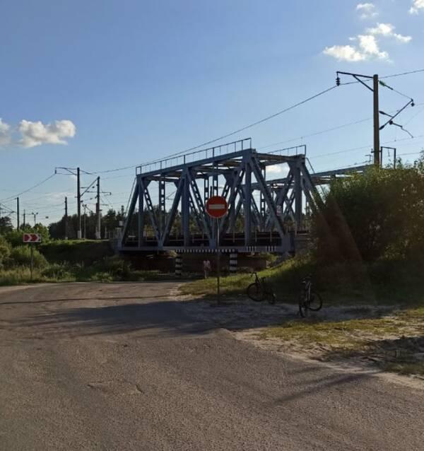 В Брянске закрыли въезд под мост около Ходаринки