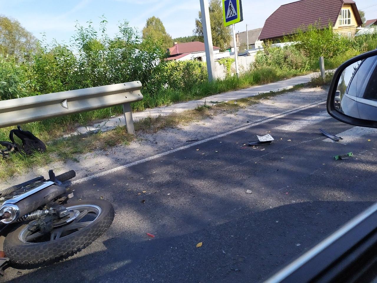 В Нетьинке мотоциклист попал под колеса иномарки
