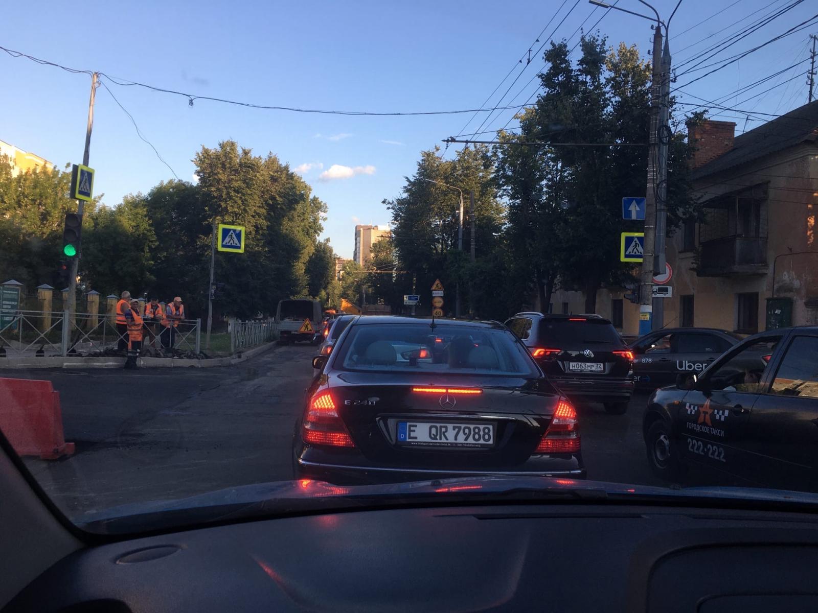 Брянцев привели в ярость лютые пробки на Фокина и ленивые дорожники