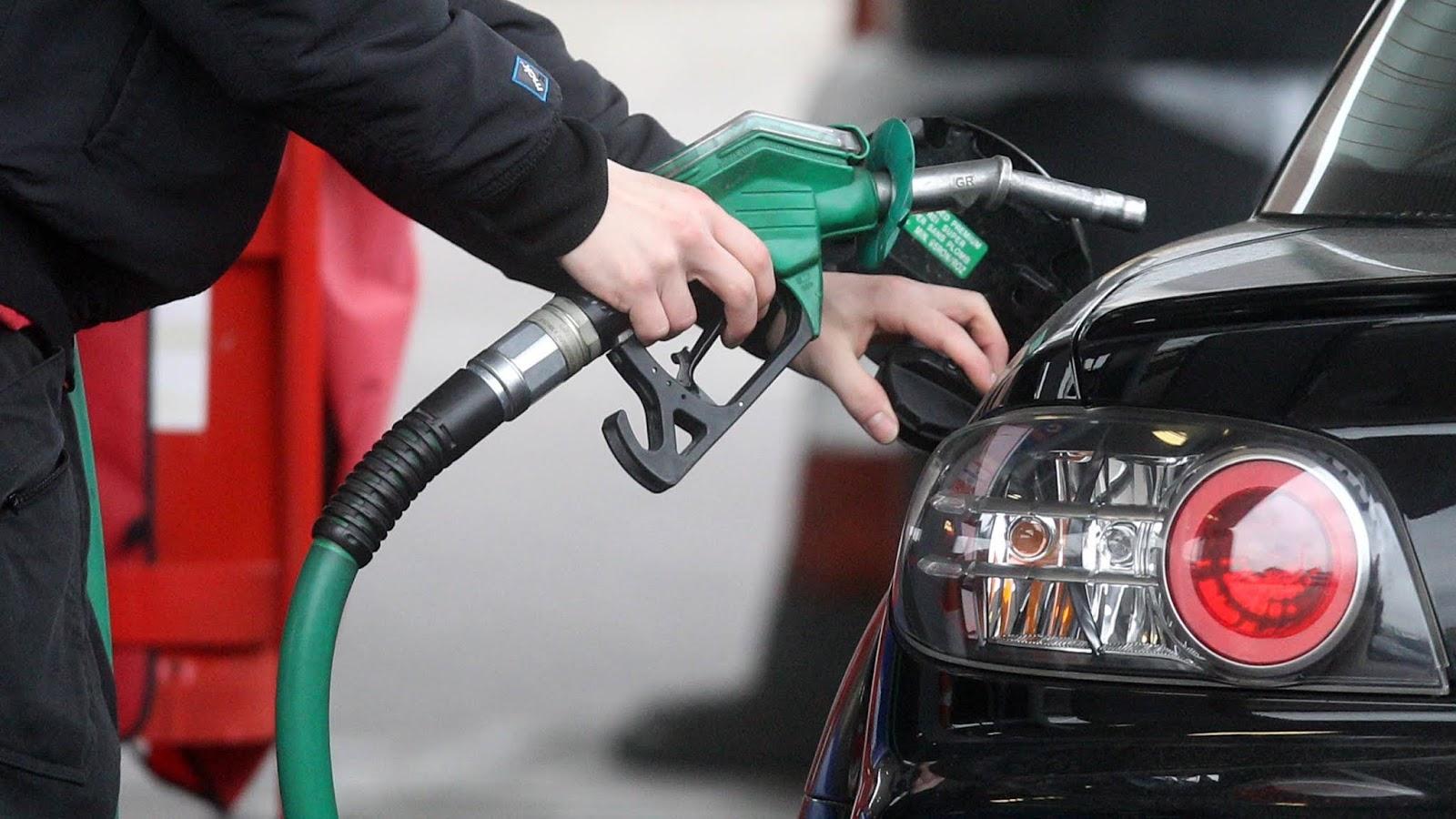 В Брянской области за неделю подорожали бензин и дизтопливо