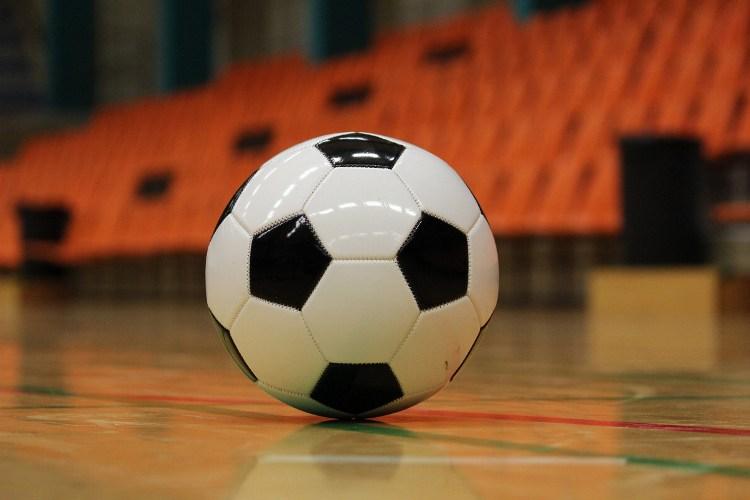 В Брянске стартовал кубок по мини-футболу