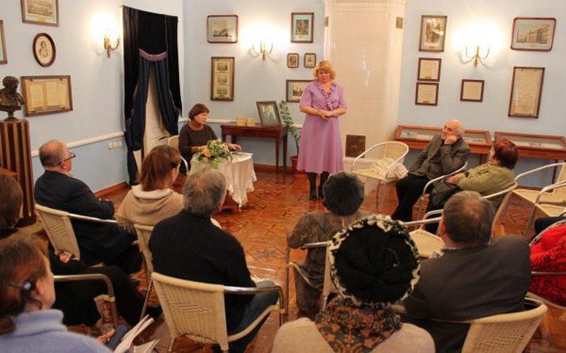 В Овстуге прошли мероприятия, посвященные дню рождения Владимира Гамолина