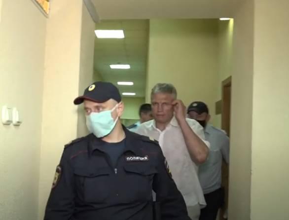 Начнется 12 января суд над брянским чиновником Гинькиным