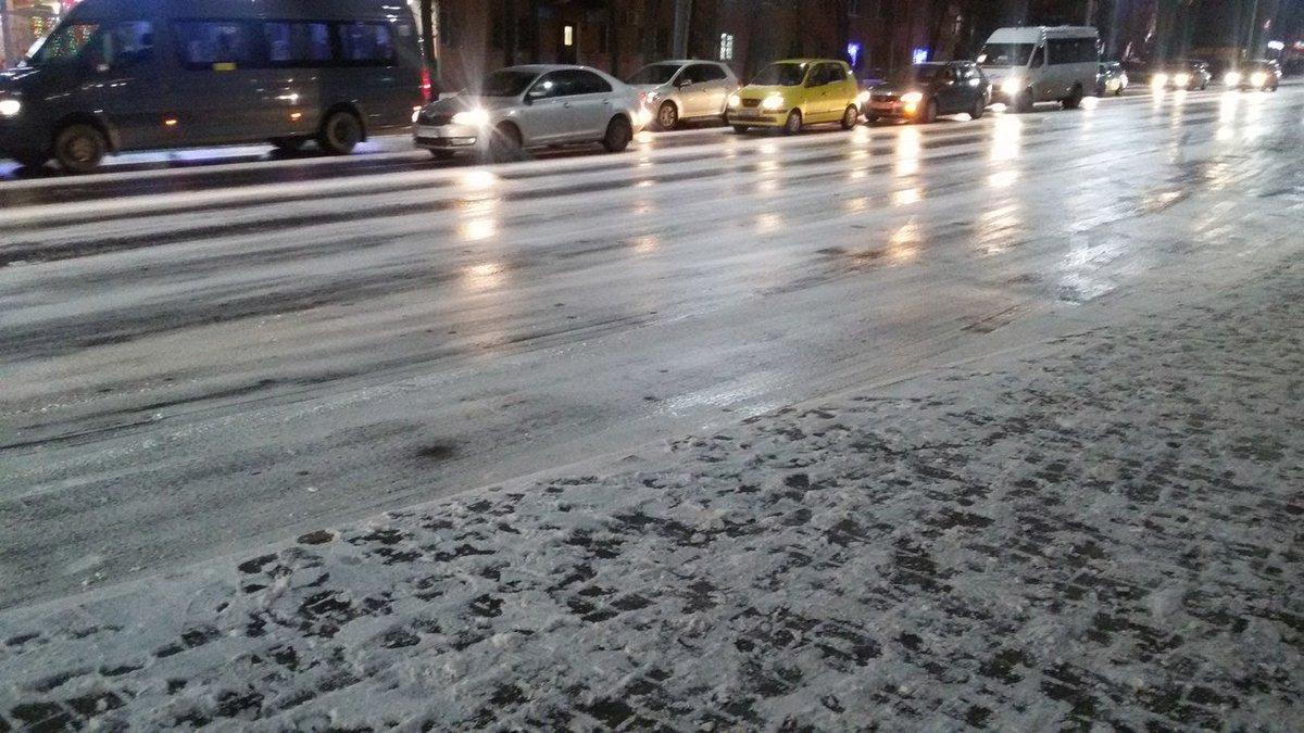 В Брянской области на дорогах ожидается гололедица 23 марта