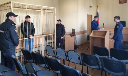 В Брянске убийцу сотрудников спецсвязи закрыли в СИЗО