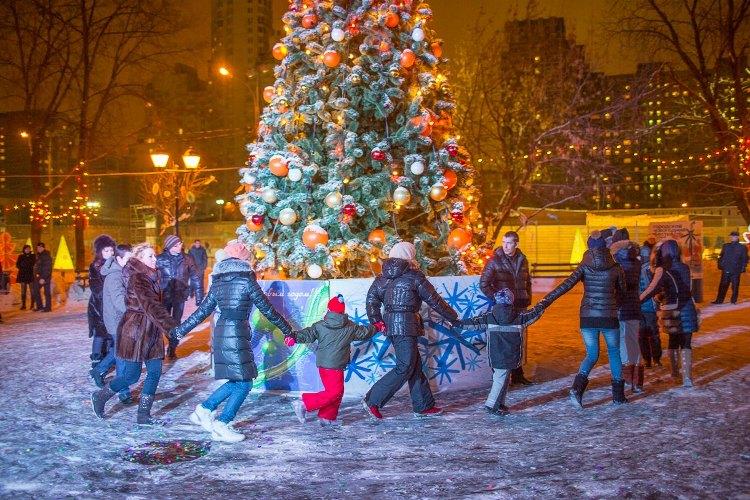Брянцы провели новогоднюю ночь шумно и задорно