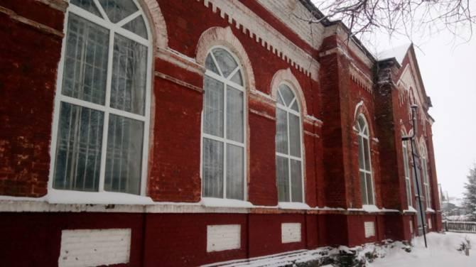 В брянском селе Плюсково отреставрировали церковь