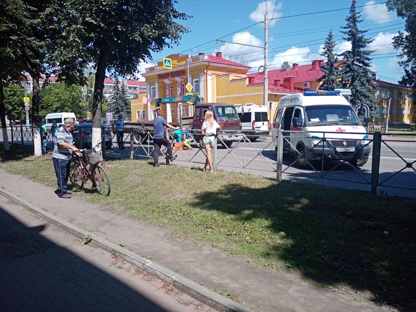 В Брянске на Пушкина водитель иномарки насмерть сбил старушку