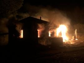 В Погарском районе два часа тушили жилой дом