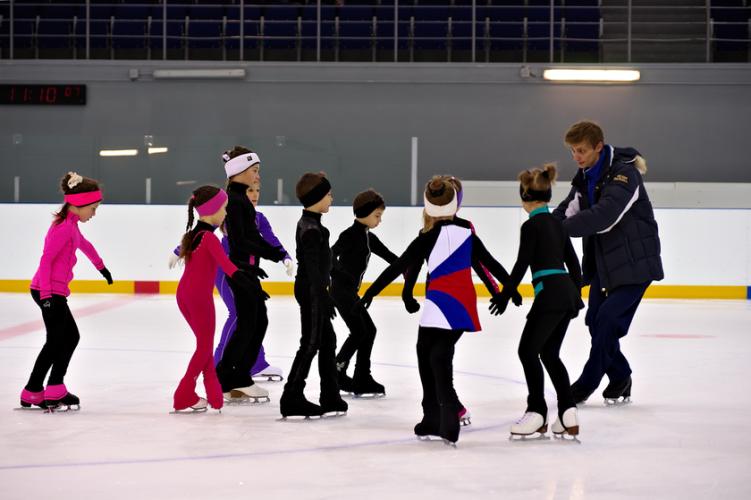 В Брянске объявлен набор в школу фигурного катания