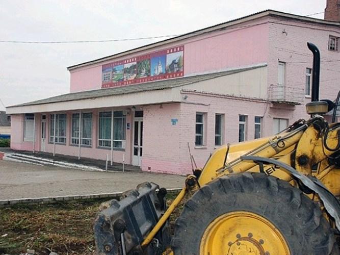 Жителей Суража ждет обновленный кинотеатр