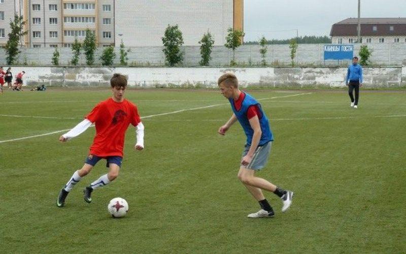 В Клинцах прошел турнир по дворовому футболу