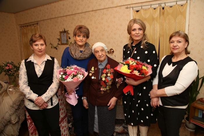 Брянская долгожительница отметила 102 день рождения