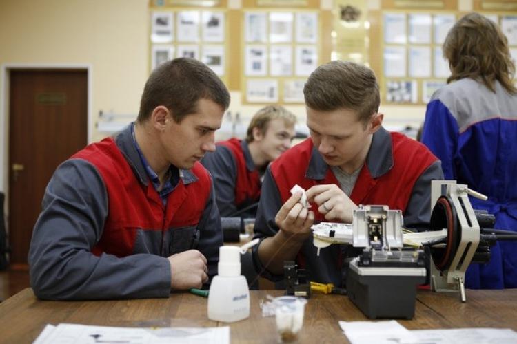 Брянские техникумы и колледжи получают средства из федерального бюджета