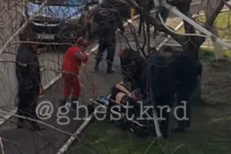 На Кубани 31-летний брянец выпал из окна пятиэтажки