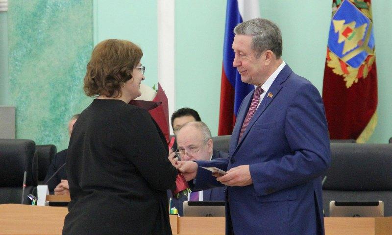 В Брянске наградили ученых, работников культуры и образования