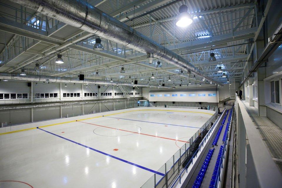 Ледовую арену в Новозыбкове Брянской области сдадут в намеченные сроки