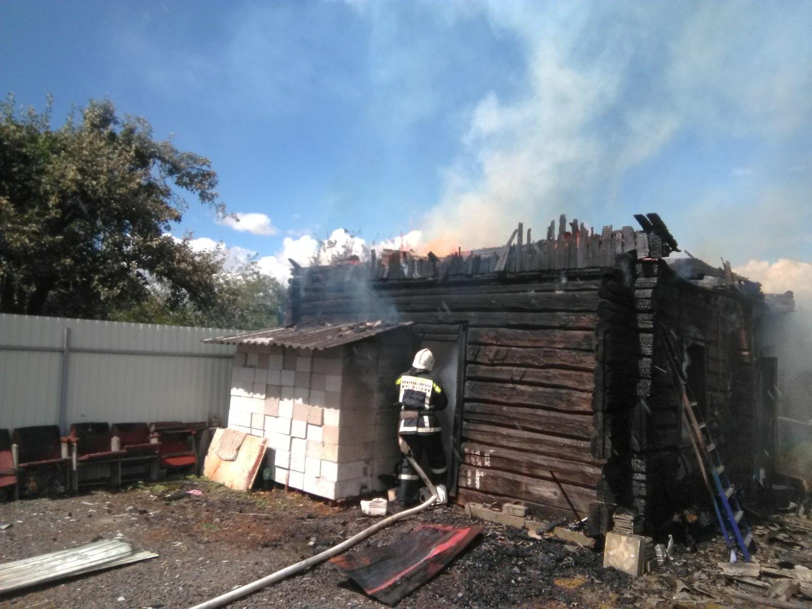 В Комаричах произошел пожар