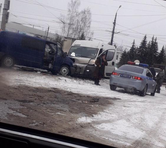 В Брянске произошло страшное тройное ДТП