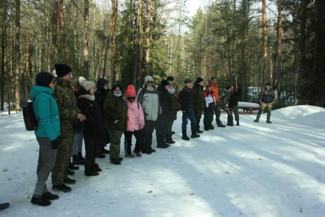 В Брянске поисковой отряд «Лиза Алерт» провел учения для новичков