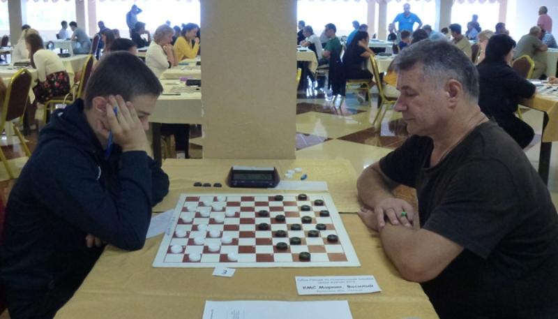Брянский спортсмен стал серебряным призером Кубка России по шашкам