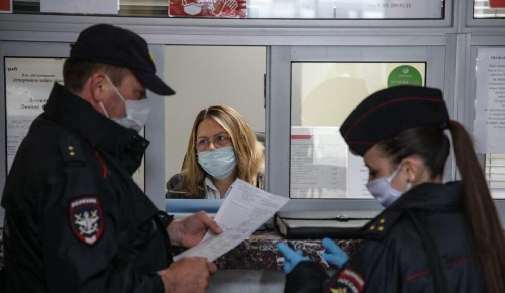В Брянске в течение дня выписали 5 протоколов за несоблюдение масочного режима
