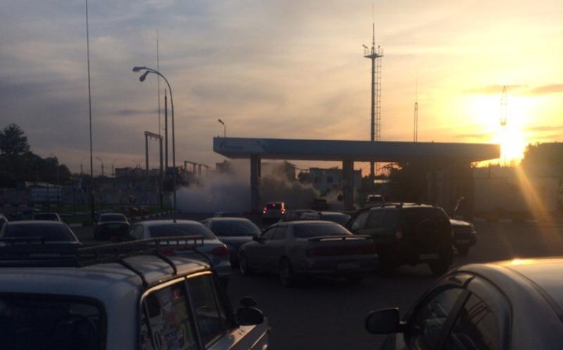 В Брянске вспыхнула легковушка на заправке «Газпром»