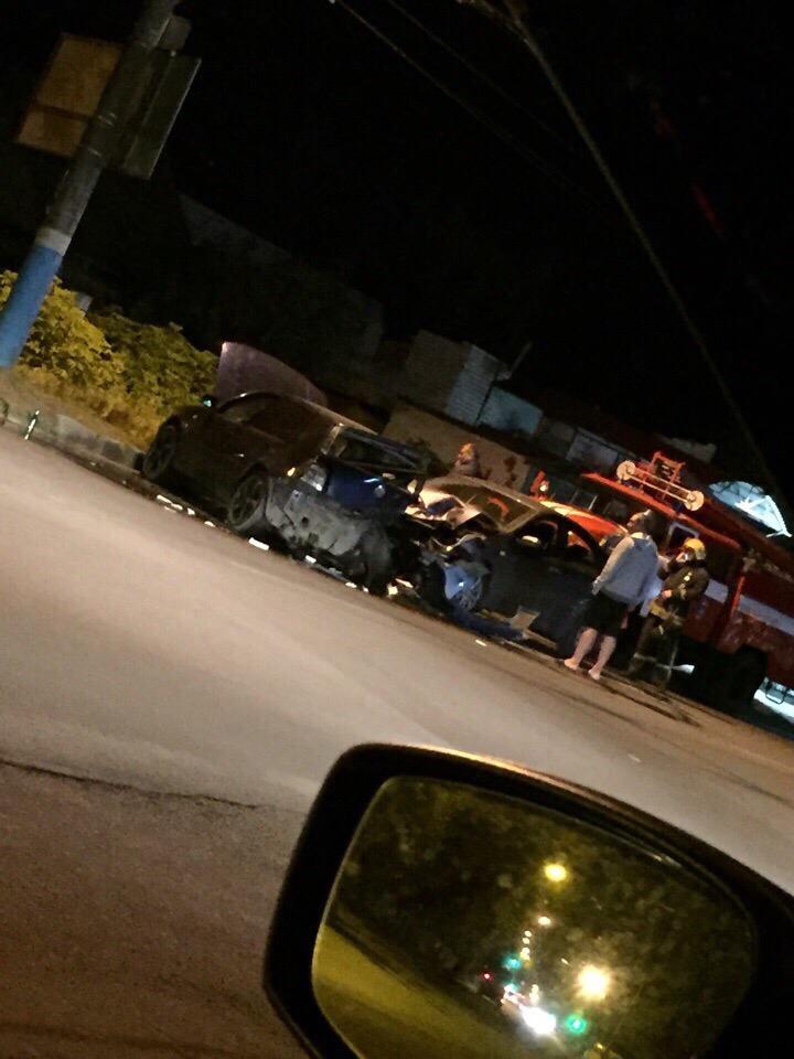 В Брянске столкнулись две легковушки, есть пострадавший