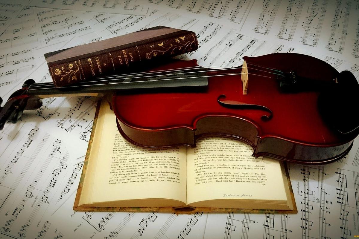 В Брянске состоялся музыкально-поэтический вечер творческой молодежи