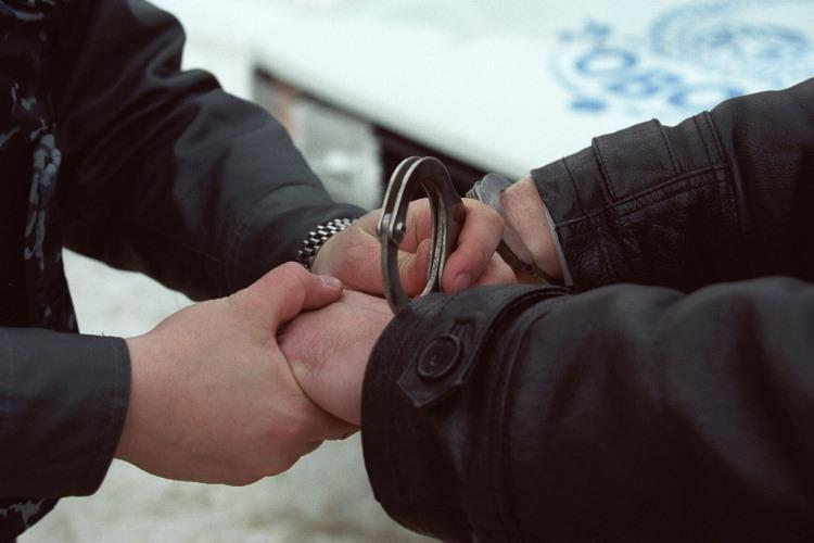 В Брянске 21-летний парень ограбил собутыльника и угнал велосипеды