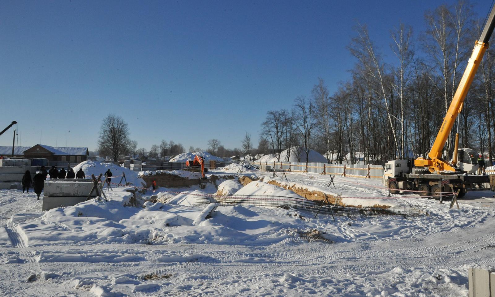 Новый корпус школы за 120 млн рублей строится в Навле
