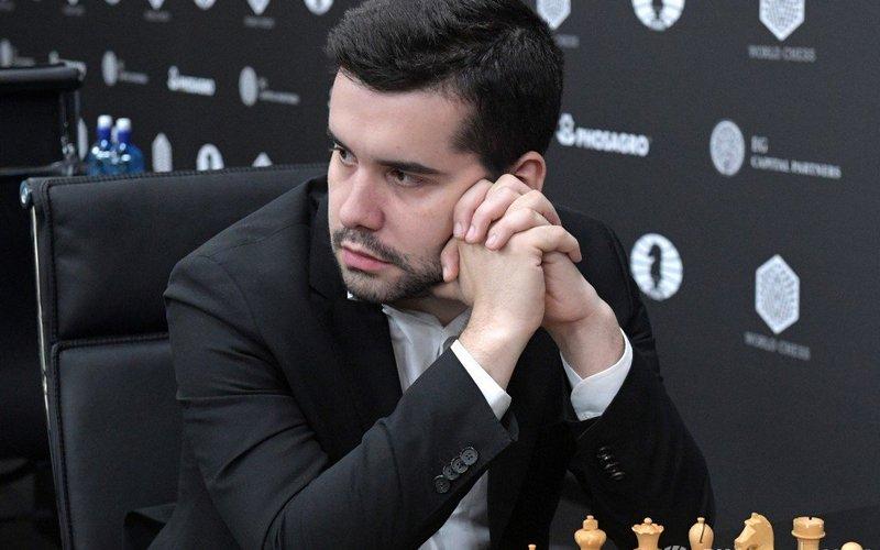 Брянский шахматист Ян Непомнящий стал лидером турнира в Нидерландах