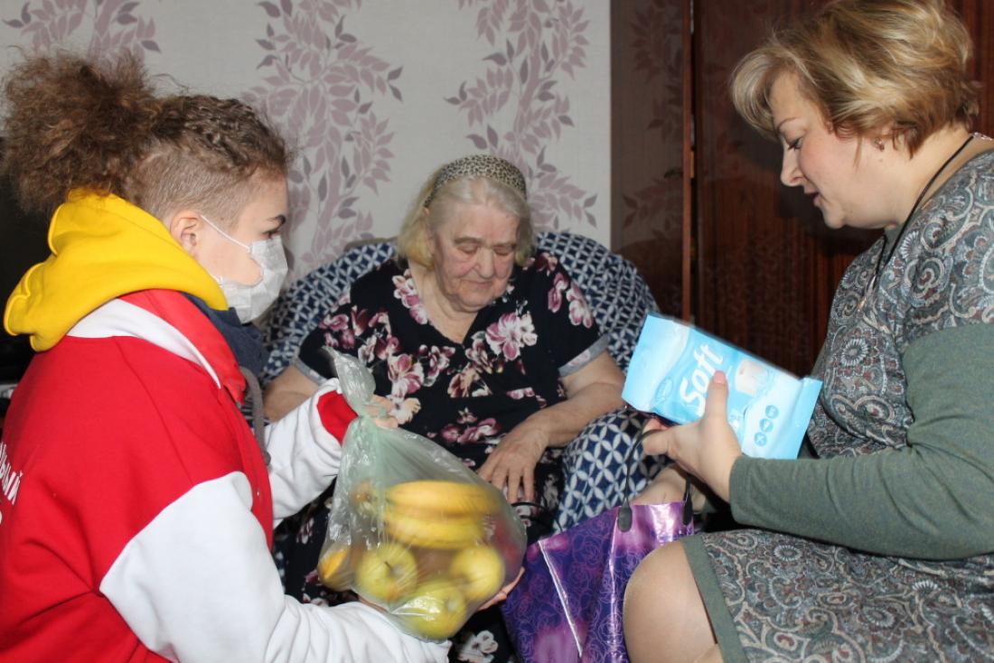 В Брянске ищут волонтеров для доставки продуктов и лекарств пенсионерам