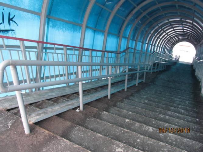На брянском мосту установили смертельно опасный пандус