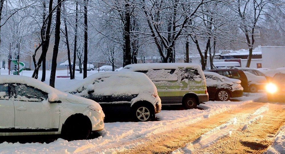 В Брянске водитель «Лады» отомстил захватчику его парковочного места