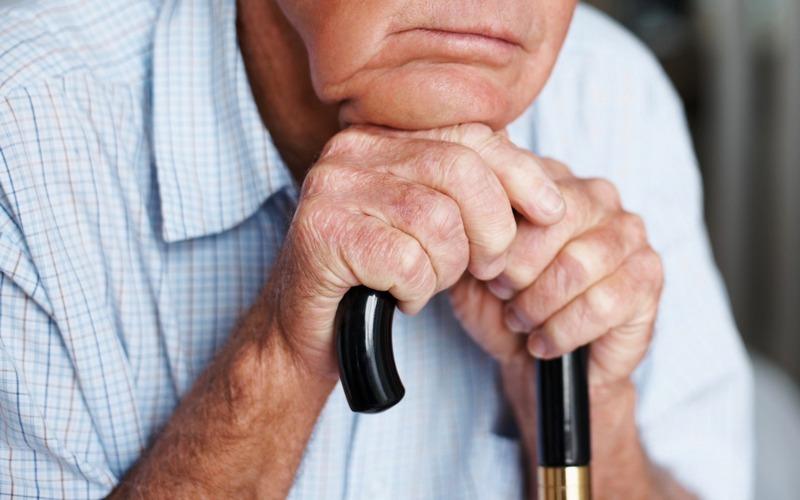 Брянские торговцы чудо-приборами обманули 85-летнего инвалида