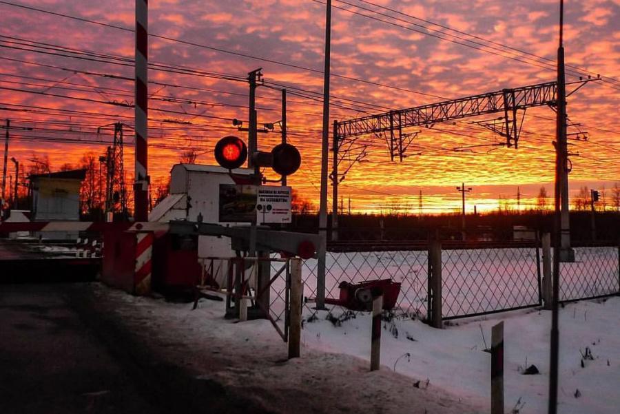 На время в Брянске закроют железнодорожный переезд 2 и 3 марта