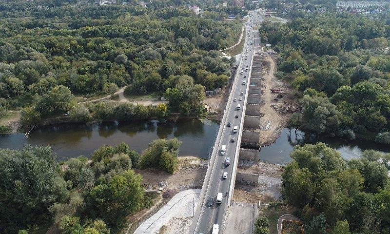 В Брянске на Первомайском мосту начали строить второй пусковой комплекс