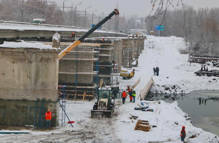 В Брянске усилили бригаду строителей Первомайского моста