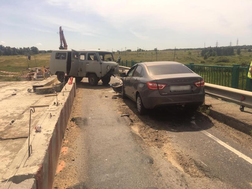 В ДТП на брянской трассе пострадали четыре человека